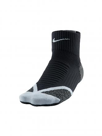 NIKE | Laufsocken Elite Cushion Quarter | schwarz