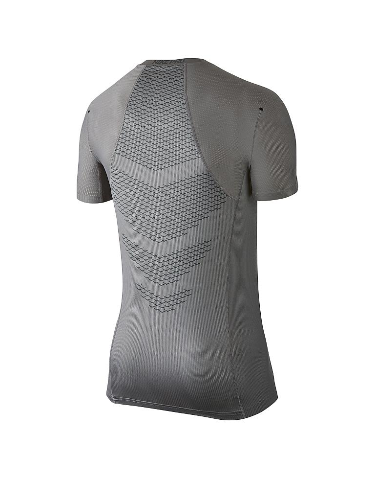 nike herren fitness shirt pro hypercool grau s. Black Bedroom Furniture Sets. Home Design Ideas