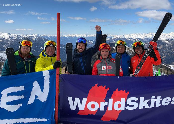 Das Gigasport-Test-Team, Günter Messner ist der 2. von links
